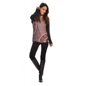 http://www.avispada.com/1561-thickbox/consuelo-camiseta-ancha-manga-caida-estampada-.jpg